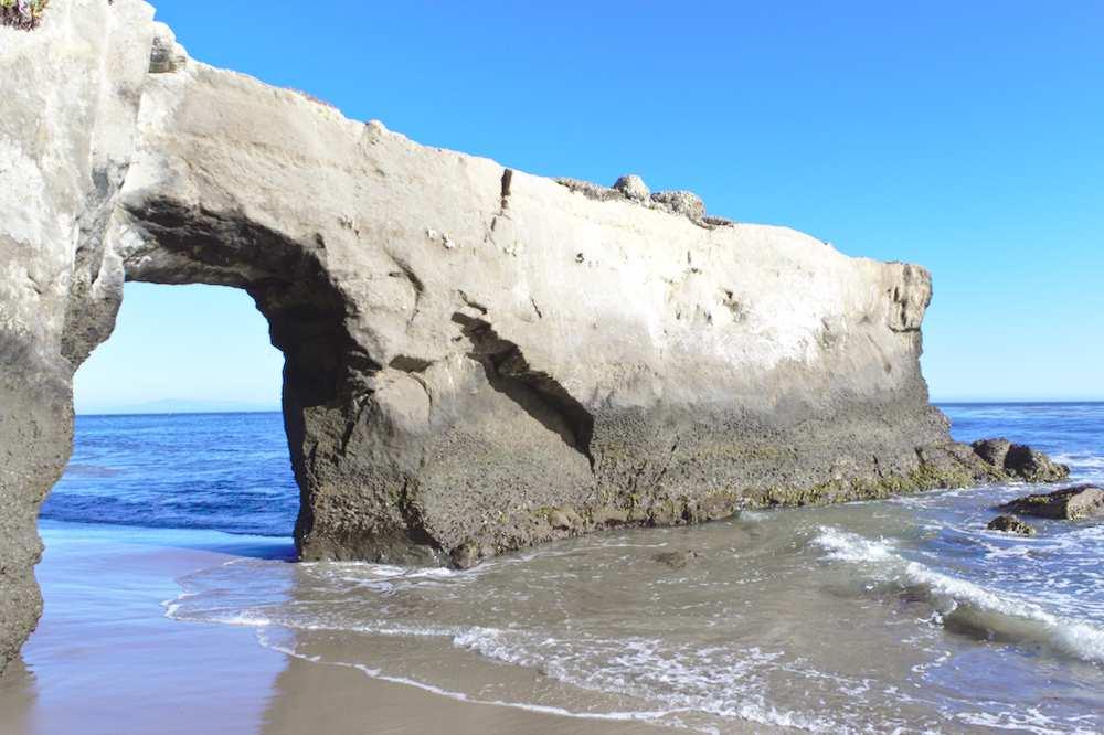 Arche sur le littoral à Santa Cruz