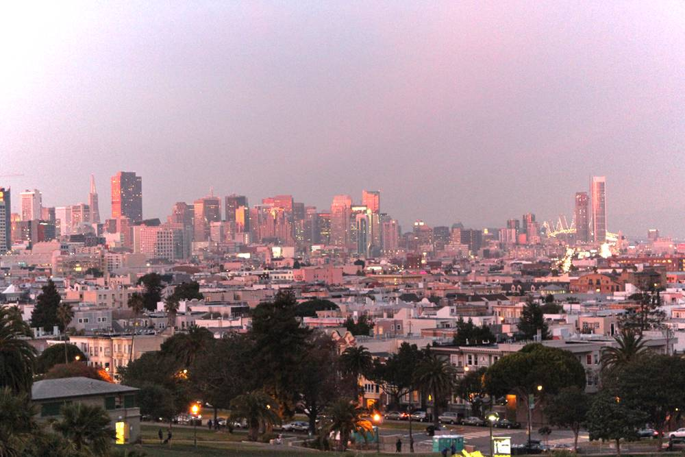 skyline de San Francisco au coucher de soleil